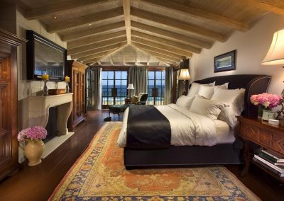 Manhattan beach residence master bedroom