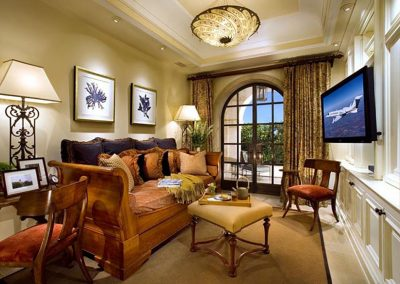 Manhattan beach residence tv room